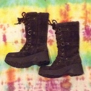 Report Neely leather boots